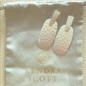 Kendra Scott Aragon Silver Drop Earrings 💗